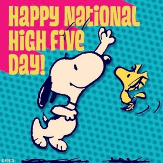It's National High Five Day and we think you deserve a virtual high five! #nationalhighfiveday 🙌🏻